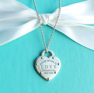 Large love heart tag necklace